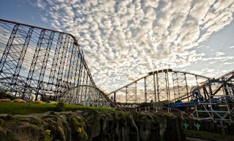Parcul de Distractii Pleasure Beach din Blackpool