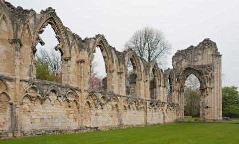 Ruinele Manastirii Sfanta Maria din York