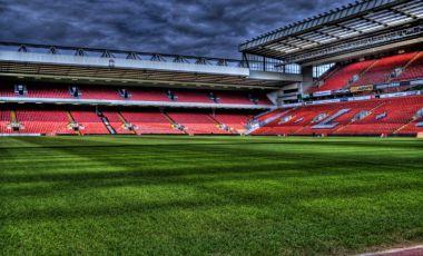 Stadionul si Echipa de Fotbal din Liverpool