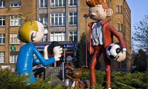 Statuile Personajelor de Desene Animate din Charleroi