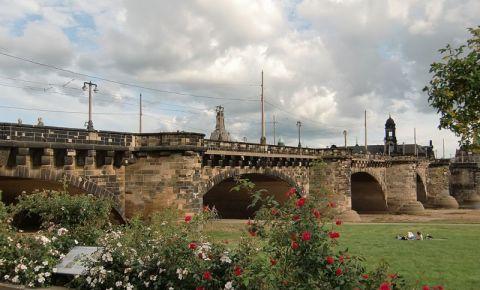 Podul August din Dresda