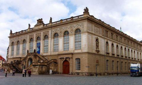 Cladirea Johanneum din Dresda