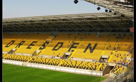 Stadionul Glucksgas din Dresda