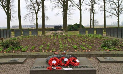 Cimitirul German Langemark din Ieper