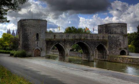 Podul Pont-des-Trous din Tournai