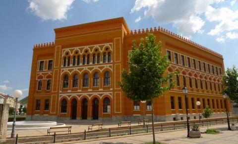 Cladirea Gymnasium din Mostar