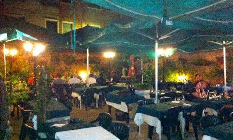 Restaurantul Al Vecio Portal