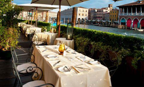 Restaurantul L'Alcova Restaurant