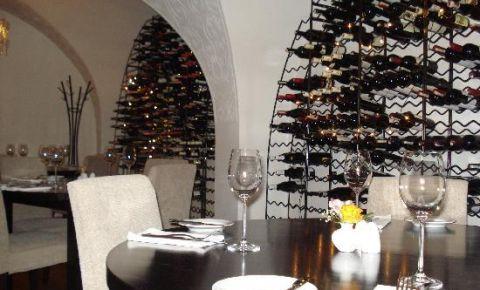 Restaurantul Bistro 18