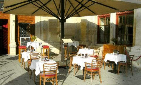 Restaurantul Cafe Oper Wien