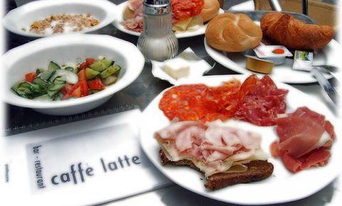 Restaurantul Caffe Latte