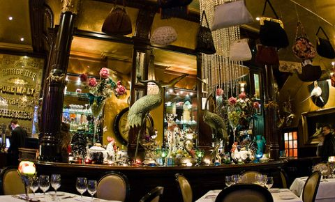 Restaurantul Les Trois Garcons