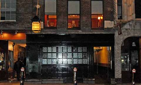 Restaurantul Ye Olde Cheshire Cheese