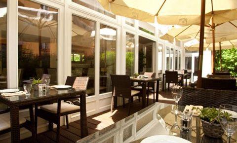 Restaurantul Artisan Restaurant & Cafe