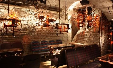 Restaurant Cross Club - Praga