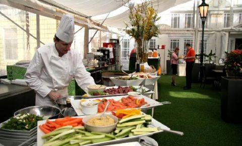 Restaurantul Zofin Garden