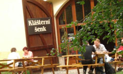 Restaurantul Klasterni senk