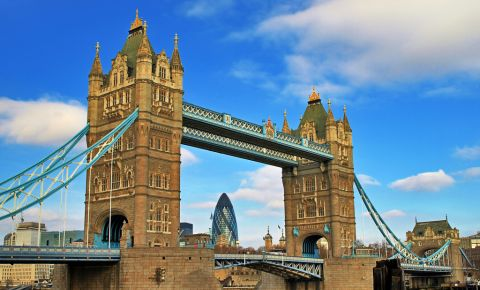 Podul Tower Bridge din Londra