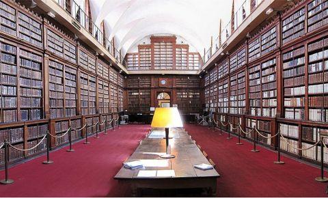 Biblioteca Municipala din Ajaccio