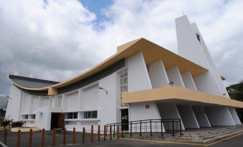 Altarul Pierre Laval din Port Louis