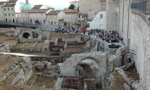 Amfiteatrul din Ancona