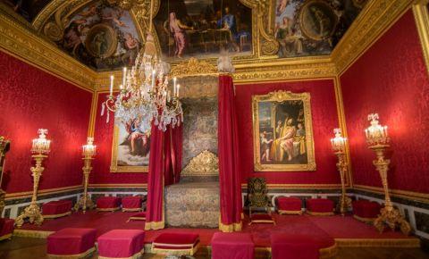 Marele Apartament al Regelui din Versailles