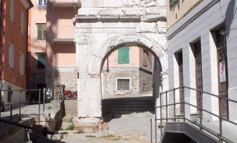 Arcul Riccardo din Trieste