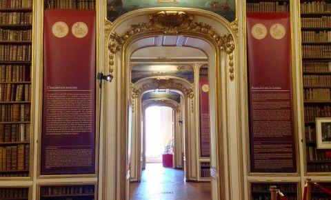 Biblioteca Municipala din Versailles