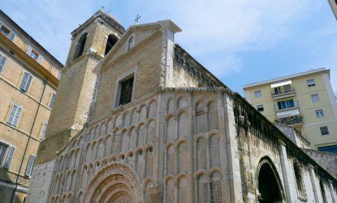 Biserica Santa Maria della Piazza din Ancona