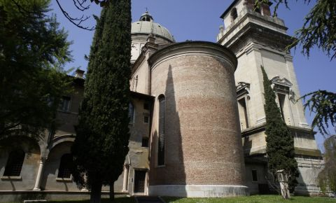 Biserica Santo Stefano din Verona