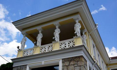 Casa cu Cariatide din Yalta