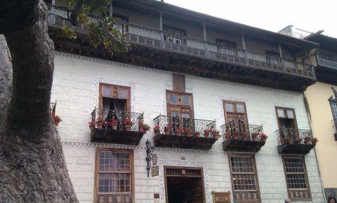 Casa cu Balcoane din Tenerife