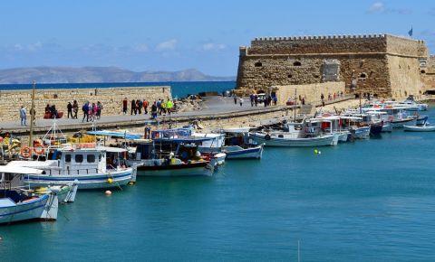 Castelele Venetiene din Insula Creta