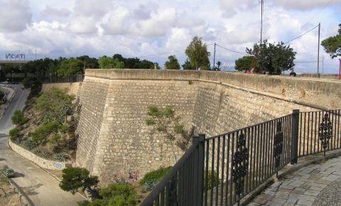 Castelul San Fernando din Alicante