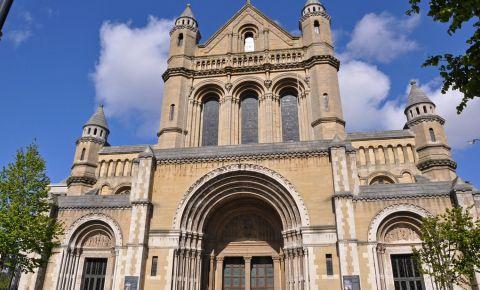 Catedrala Sfanta Ana din Belfast