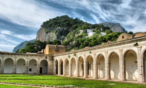 Manastirea San Giacomo din Insula Capri