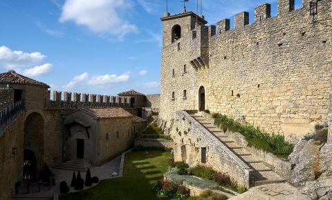 Cetatea La Rocca din San Marino