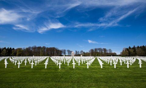 Cimitirul si Memorialul American din Luxemburg