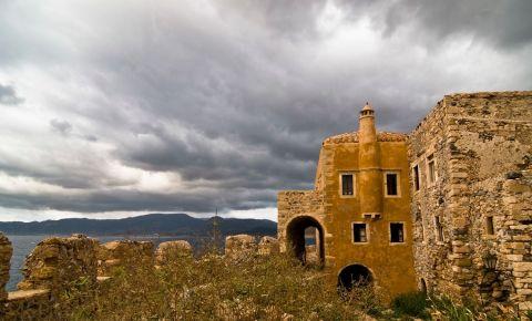 Fortareata Monemvasia din Peloponez