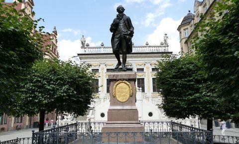 Statuia lui Goethe din Leipzig