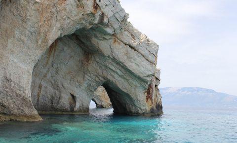 Grotele Albastre din Insula Zakynthos