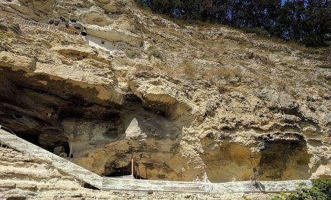 Manastirea Aladzha din Nisipurile de Aur