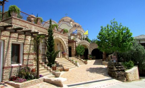 Manastirea Arhanghelului Mihail din Insula Thassos