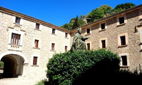 Manastirea Lluc din Palma de Mallorca
