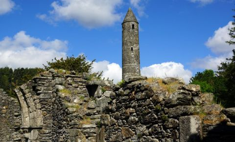 Manastirea Portii din Glendalough