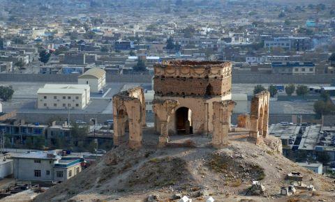 Mausoleul Nadir Shah din Kabul