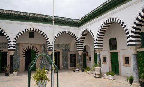 Medresa Bacchia din Tunis