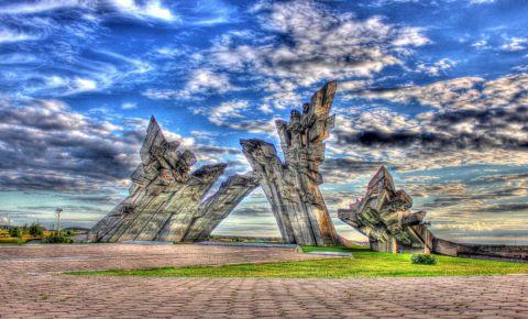 Monumentul Campul Sacrificiului din Kaunas