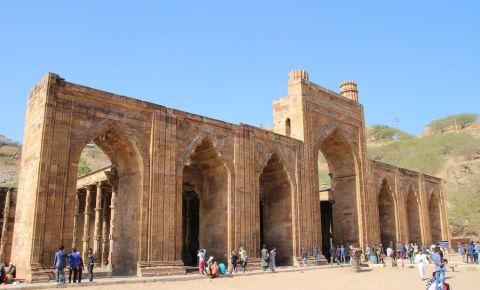 Moscheea Adhai-din-ka-Jhopra din Ajmer