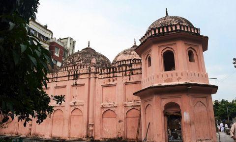 Moscheea cu Sapte Cupole din Dhaka